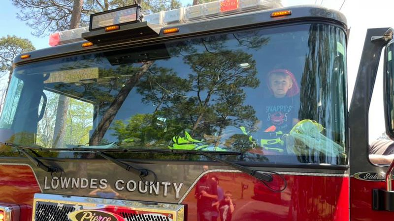 Monday, the Lowndes County Fire Rescue paid a special visit to a local 3-year-old who it...