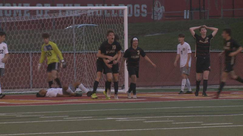 The Thomasville High School boys and girls soccer team swept Thomas County Central Tuesday...