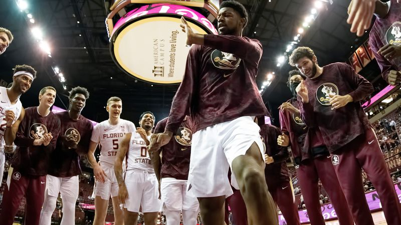 FSU basketball ahead of tip off against North Carolina.