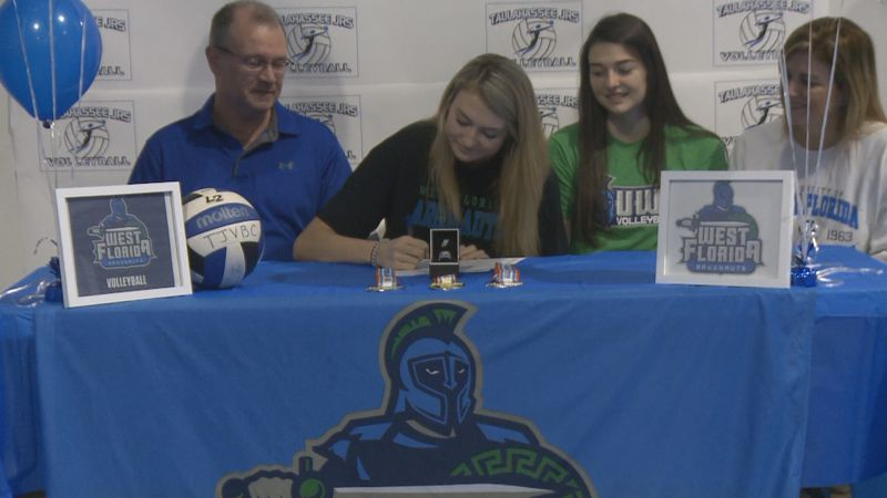 Tuesday afternoon, Leon High School's Macy Maxwell got a head start on the early signing...