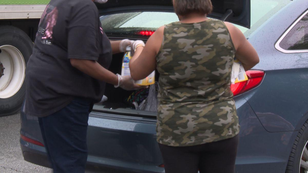 Rainy weather didn't stop volunteers in Gadsden County over the weekend.