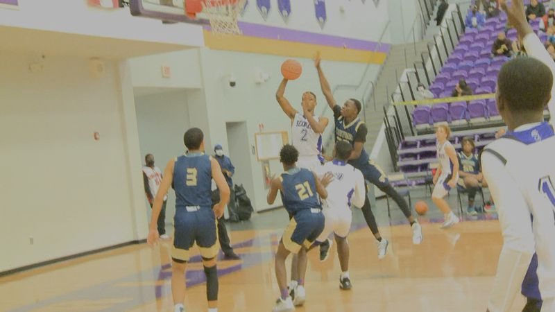 The Bainbridge Bearcats boys basketball team defeated the Thomas County Central Yellow Jackets...