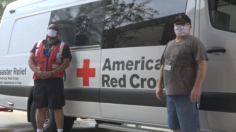 Red Cross volunteers getting ready to go west