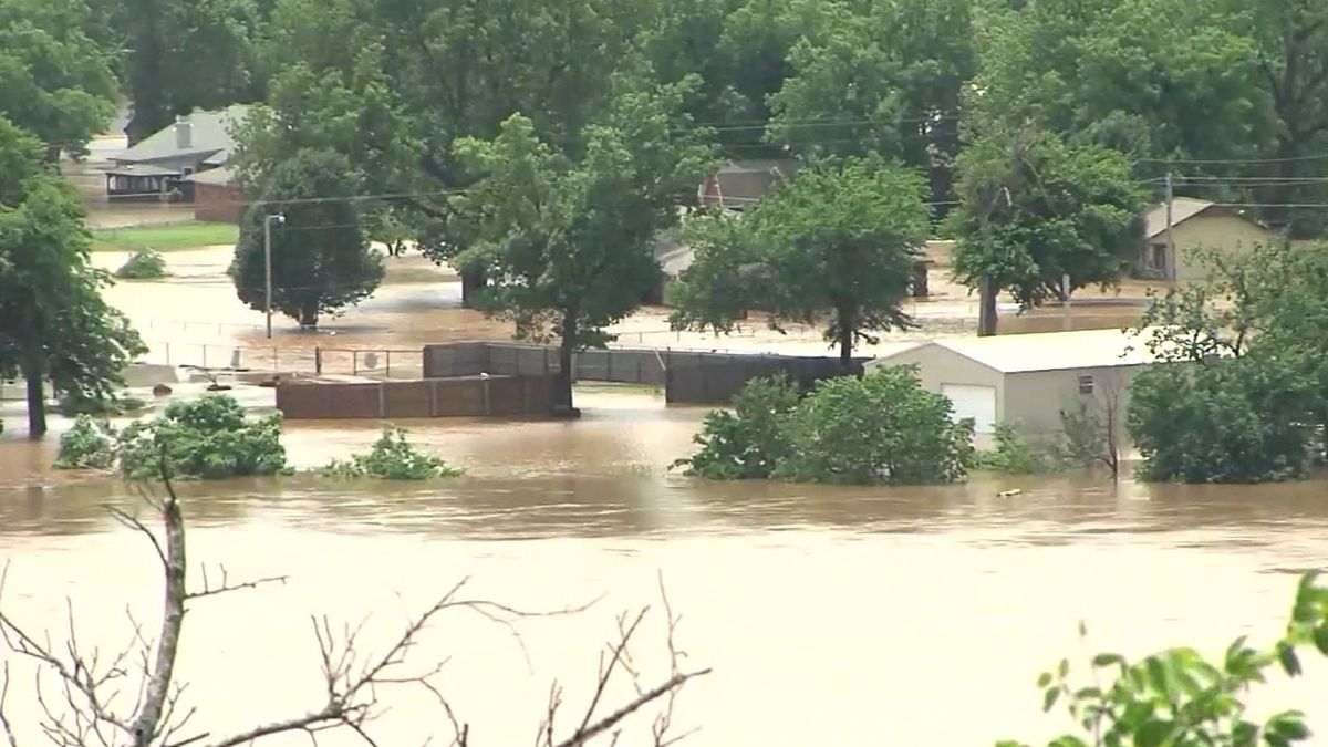 Severe weather and flash floods have slammed the central U.S. (Source: KTUL/CNN)
