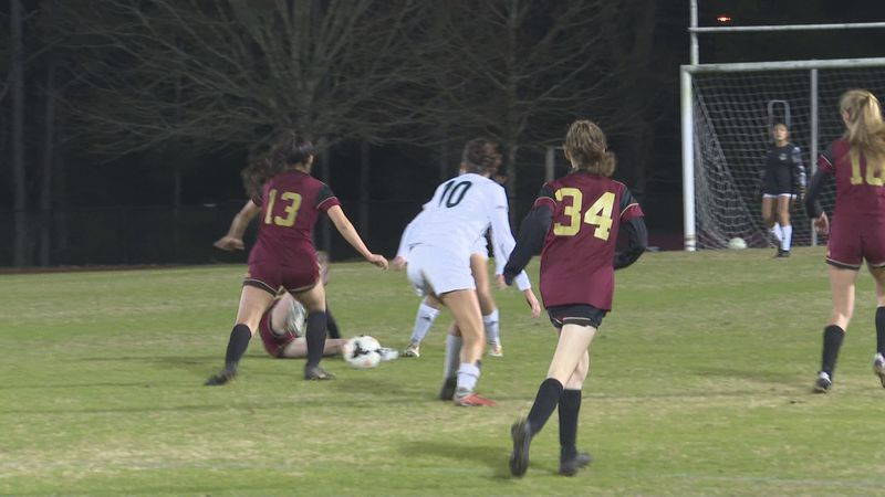 The Lincoln Trojans girls soccer team blanked the Florida High Seminoles, 1-0, at Florida High...