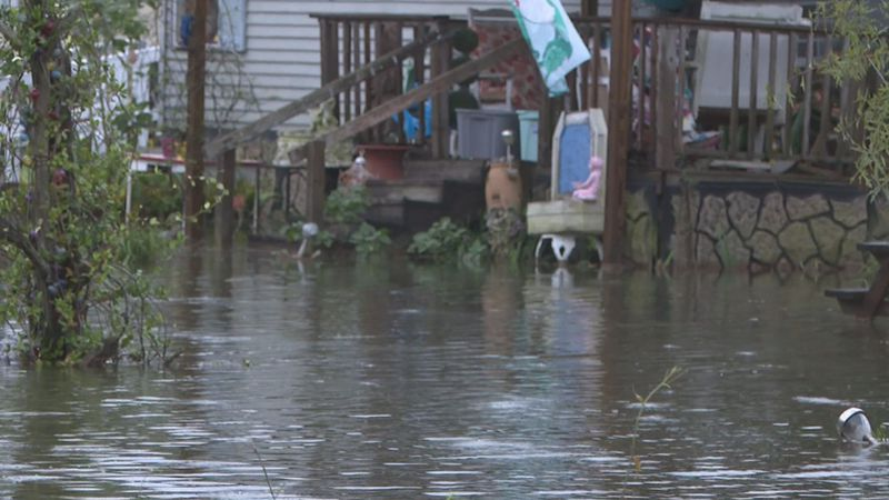 Rain bands from Hurricane Sally cause flooding in Liberty County.
