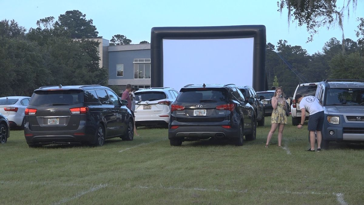 As drive-in movie theaters continue to grow in popularity during the COVID-19 pandemic, the Kearney Center in Tallahassee hosted a drive-in movie on Friday as a fundraiser.