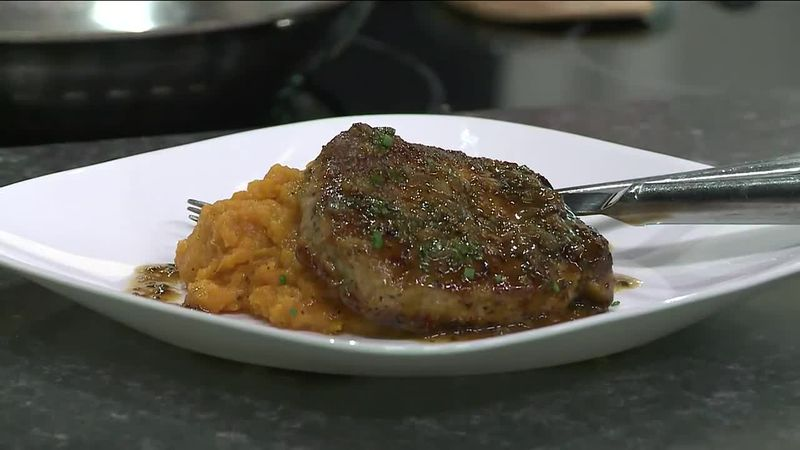 Chef Levi Newsome from the Publix Aprons Cooking School showcased this recipe on the WCTV set.
