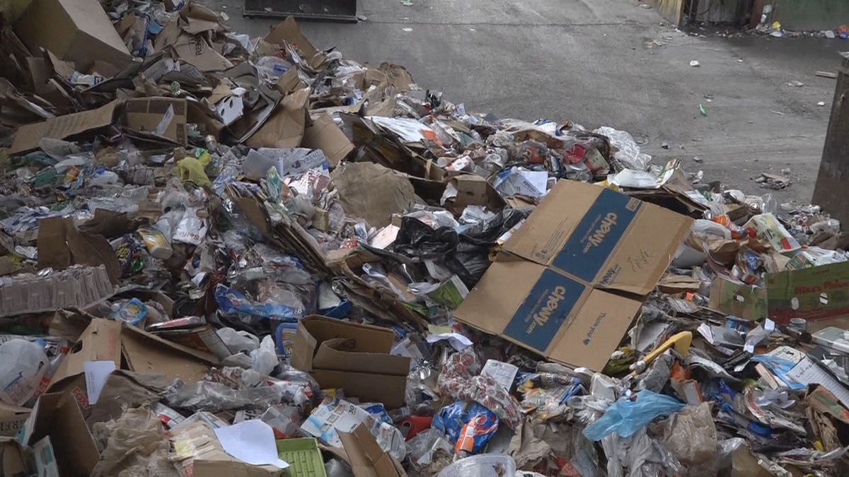 The Leon County Commission voted to renegotiate a contract with Marpan Recycling to keep...