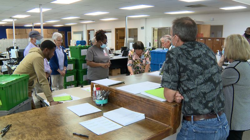 Lowndes County Elections Supervisor Deb Cox says they began and completed their recount-test...