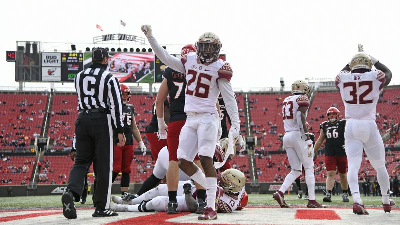 Oct 24, 2020; Louisville, Kentucky, USA;  Florida State Seminoles defensive back Asante Samuel...