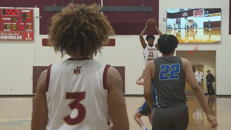 The Florida High Seminoles boys basketball team defeated the Maclay Marauders, 79-40, Friday...