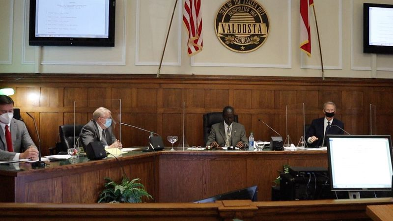 The Ethics Board Committee voted Wednesday to dismiss the complaint against Valdosta mayor,...