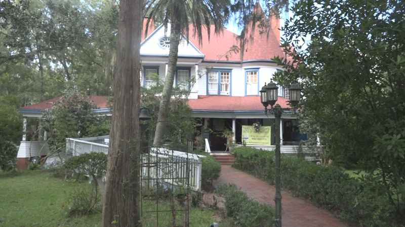 Monticello's Daffodale House gives the community an authentic haunted experience