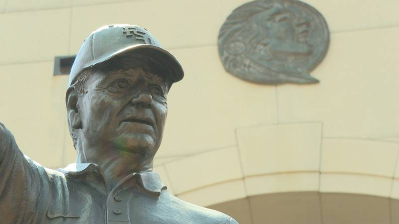 The statue that now serves as a memorial to Bobby Bowden was unveiled in September 2004.