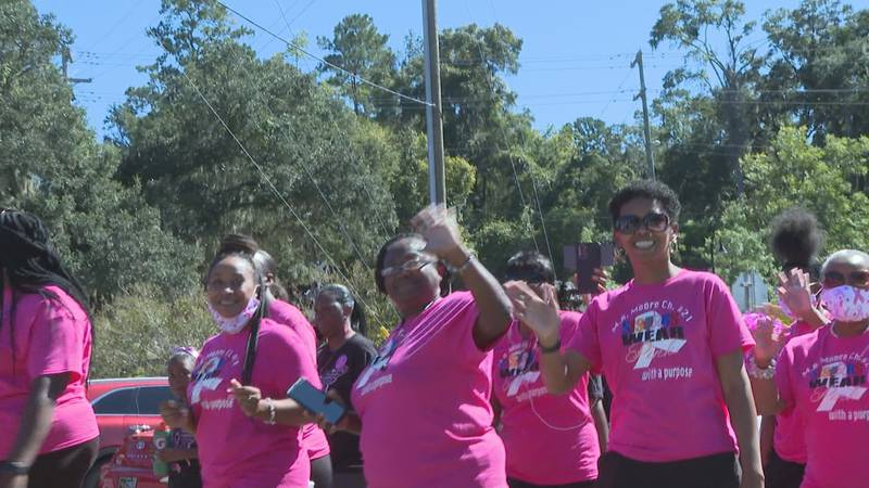 The annual Making Strides Against Breast Cancer Walk drew thousands of participants to Cascades...