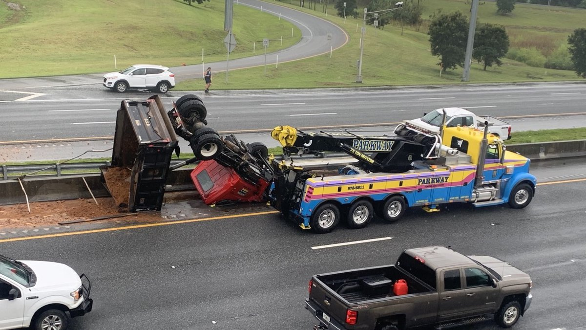 A dump truck overturned crash is causing lanes on I-10 westbound to be closed.